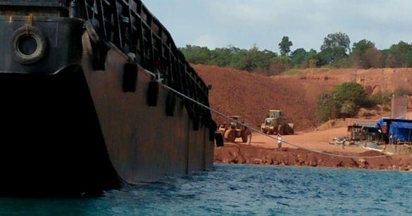 Pemerintah Didesak untuk Menutup Tambang di Kawasan Pesisir